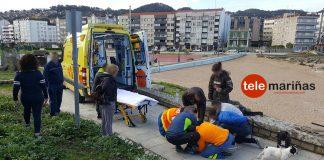 Herido uno de los guardapescas de la Cofradía de Baiona tras sufrir un accidente de moto