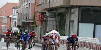 Brais Gómez roza la victoria y acaba segundo en el Trofeo Concello de Carballo