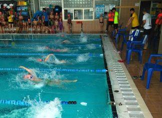 Más de 100 participantes en el VII campeonato de natación escolar de O Val Miñor