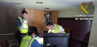 La Guardia Civil detiene por un delito de estafa a un empresario de Lalín