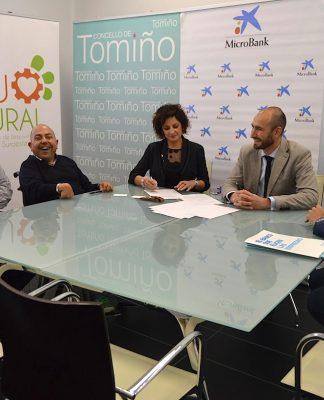 CaixaBank concede microcréditos a autónomos y microempresas de O Baixo Miño y O Val Miñor