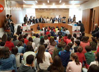 Francesco Tonucci inauguró el nuevo salón de plenos del Concello de Tomiño