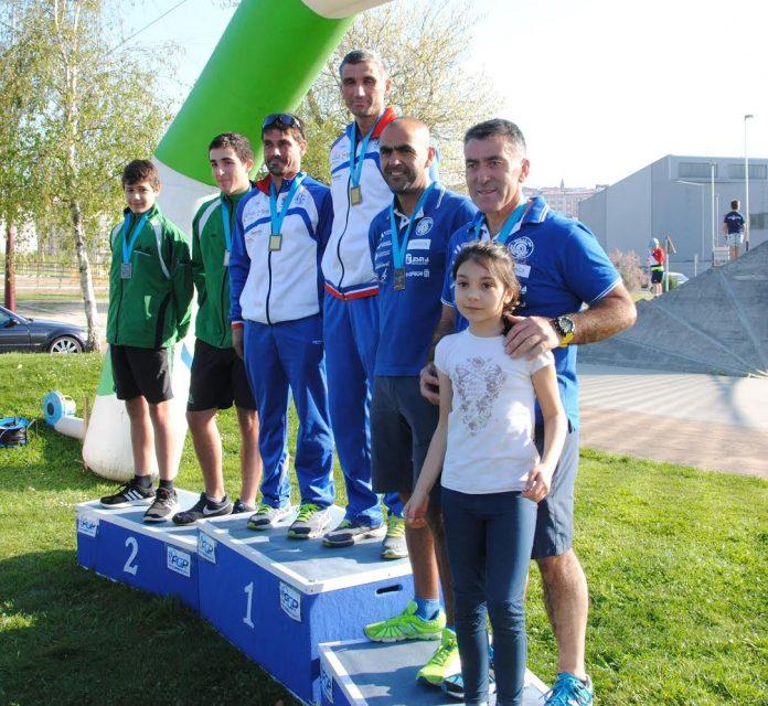 El Kayak Tudense conquista seis medallas en el II Open Cidade de Pontevedra de media maratón