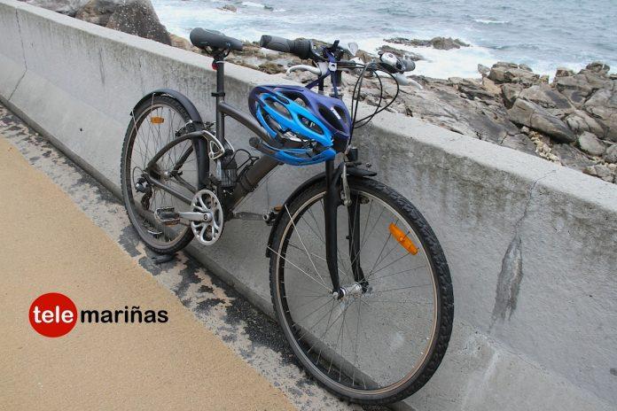 Un ciclista herido tras caerse en Baiona al asustarse cuando circulaba por la senda mixta para peatones y cicloturistas