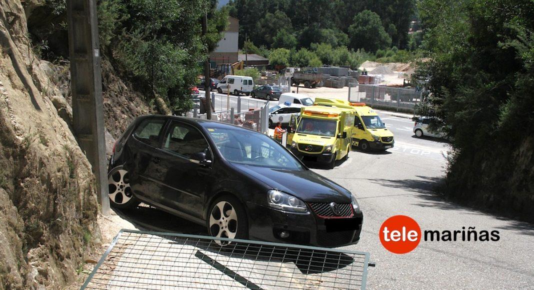 Un coche 'sin control' atropella a una madre y a su hija de 2 años en Gondomar