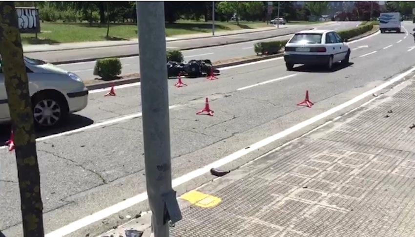 Un joven de A Guarda fallece en un accidente de moto en Pamplona