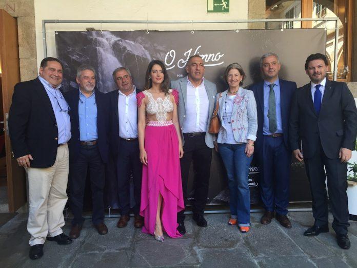 """Presentase en Santiago o proxecto audiovisual """"O Himno"""", da tomiñesa Andrea Pousa"""