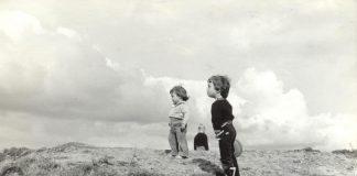 Nigrán acolle a exposición 'Carlos Casares e a Fotografía', unha mostra de 30 imaxes tomadas polo escritor