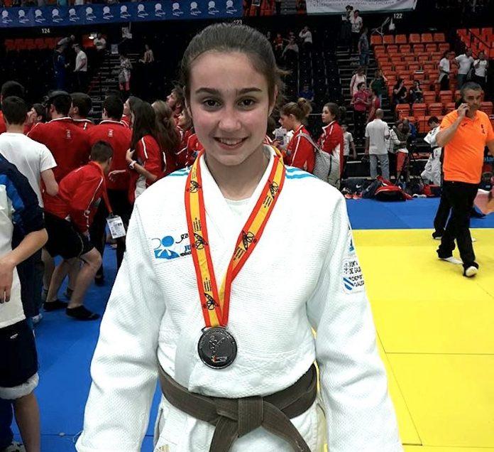 Verónica Pérez Pacheco subcampeona de España infantil de judo