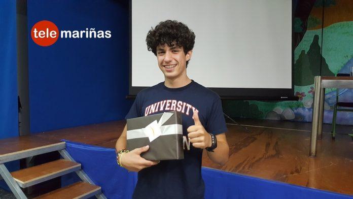 Un joven de Baiona gana el I concurso literario sobre protección de datos