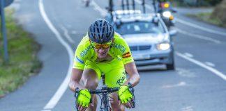 Willem Jakobus disputa en Segovia su primera vuelta con el Club Ciclista Rías Baixas de Nigrán