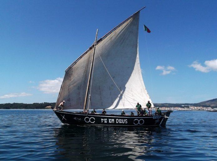 """La embarcación """"Fé em Deus"""", afianza los lazos de amistad entre A Guarda y Póvoa de Varzim"""