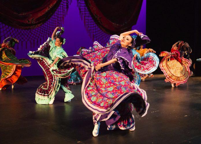 El folclore estará presente en la XVIII Noite Internacional do Miño de Rebordáns