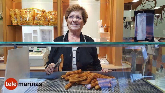 Dolores Leyenda, toda una vida haciendo churros en Baiona