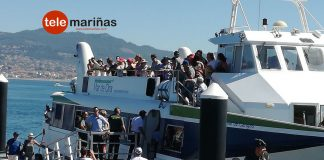 Pasajeros de una naviera a Cíes se amotinan a bordo de un barco en el puerto de Baiona