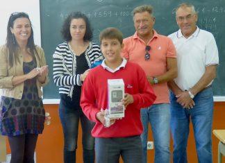 Dos alumnos del colegio de Chandebrito, finalistas de un concurso internacional de dibujo infantil