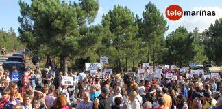 Concentración por los montes de Baredo en protesta por el campo de golf