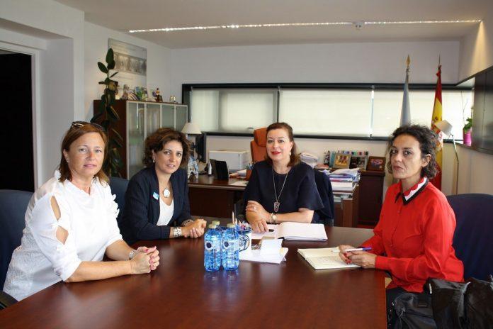 La secretaria general de la igualdad se reúne con la alcaldesa de Tomiño
