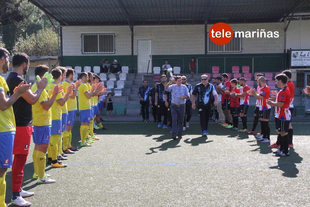 El Vilariño rinde homenaje al equipo Siglo XXI, campeón de España de dardos electrónicos