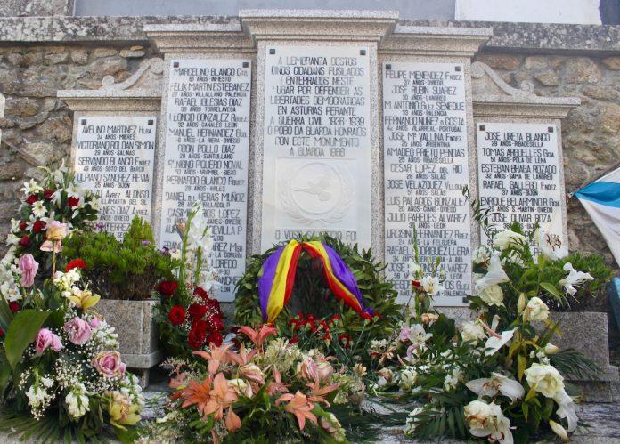 Sentida homenaxe aos asasinados polo franquismo na Guarda