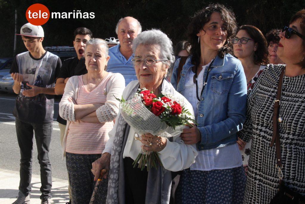 Inauguran la plaza de Xulia, la matrona de Oia