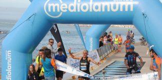 Elías Salvador y Esther Navarrete ganan la 15k del Atlántico
