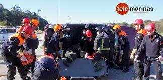 Simulacro de accidente de tráfico para celebrar el XX aniversario de Protección Civil de O Val Miñor