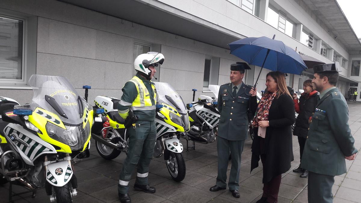 Presentan las nuevas motos de la guardia civil de tr fico - Guardia civil trafico zaragoza ...
