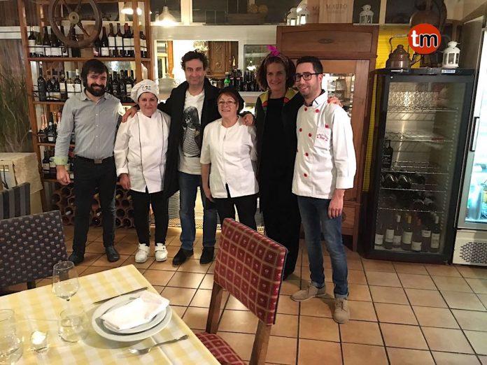 MasterChef graba un programa en el Parador de Baiona y sus presentadores cenan en Oia