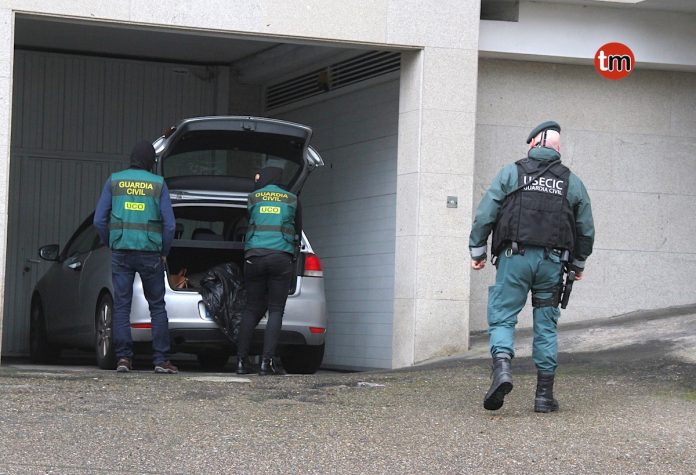 Al menos tres personas detenidas, una de ellas en Baiona, contra el tráfico de drogas