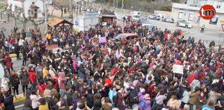 Las mujeres de O Val Miñor salen a la calle por la igualdad