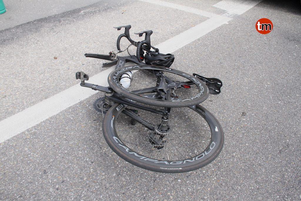 Herido un ciclista de Baiona en la rotonda de A Ladeira