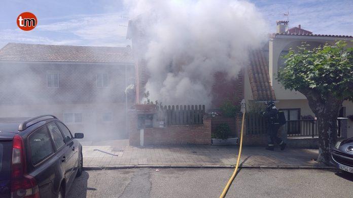 El GES sofoca un incendio en un trastero de Panxón