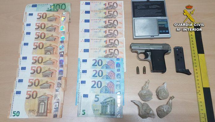 A prisión un vecino de Tui detenido por tráfico de drogas y tenencia ilícita de armas