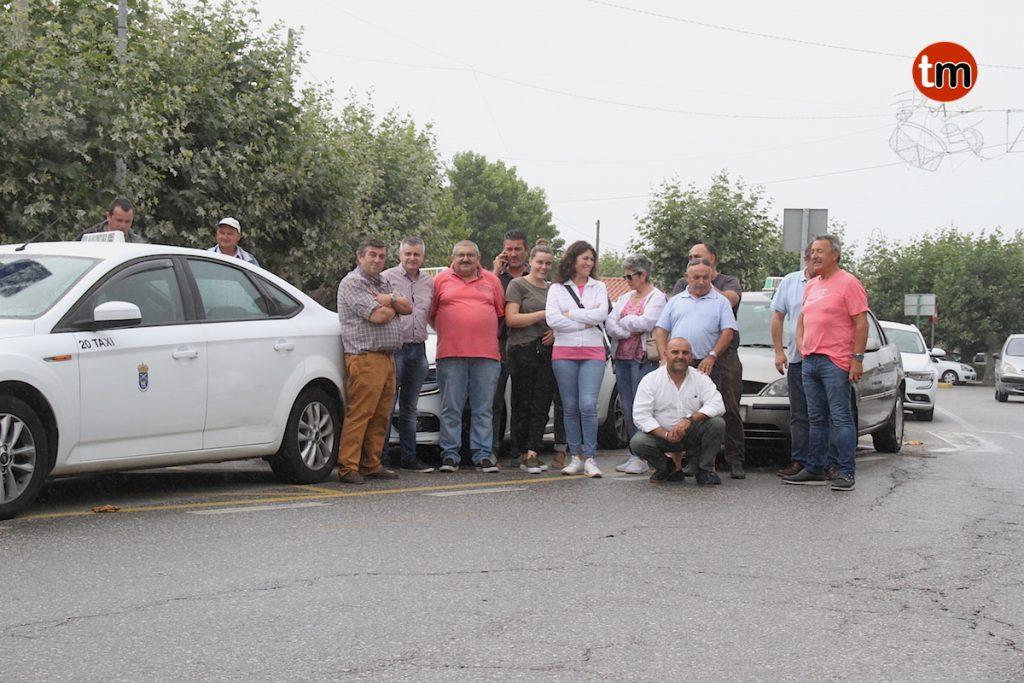 Los taxista de O Val Miñor se suman a la huelga
