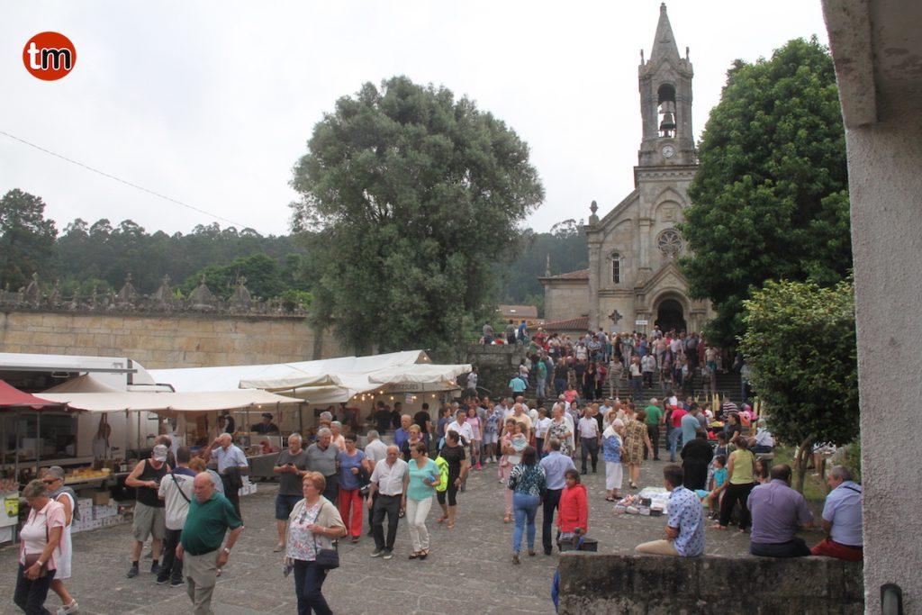"""San Benito, el santo """"máis milagreiro"""", reúne a miles de devotos en Gondomar"""