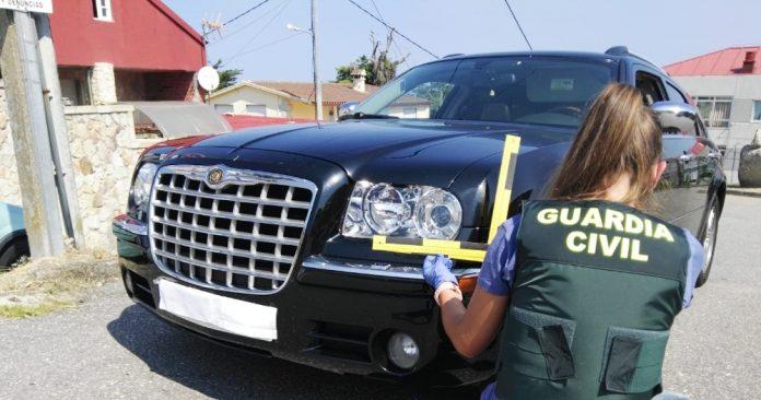 Investigan a un conductor que atropelló a un vecino de Baiona y se dio a al fuga