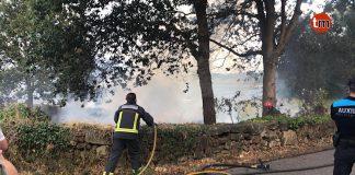 El GES sofoca un pequeño incendio en una finca de Santa Cristina de A Ramallosa