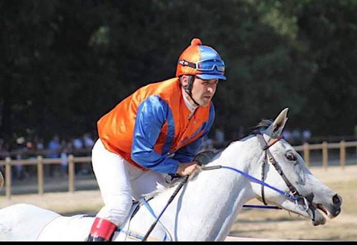 El gondomareño Luis Corbacho gana la carrera de velocidad para caballos Pura Raza Árabe en Portugal