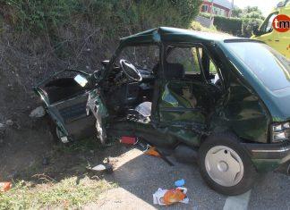 Una persona fallecida y cuatro heridas en una colisión frontolateral en Oia