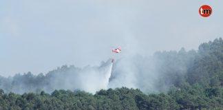 Estabilizado el incendio forestal de Baredo