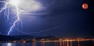 Más de 5.000 rayos iluminaron Galicia