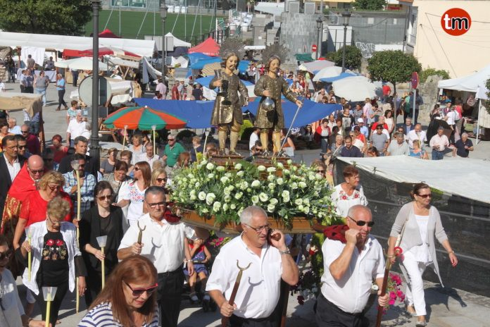 San Cosme y San Damián acercan a Baiona a cientos de romeros