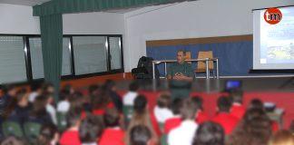 Alumnos del colegio Estudio reciben charlas formativas de la Guardia Civil contra los incendios forestales