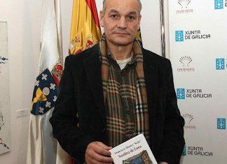 """O escritor guardés Francisco Álvarez """"Koki"""" presenta o seu novo libro en Tomiño"""