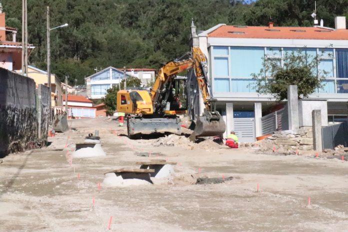 Continúan a buen ritmo las obras de la Subida a San Amaro en Camposancos
