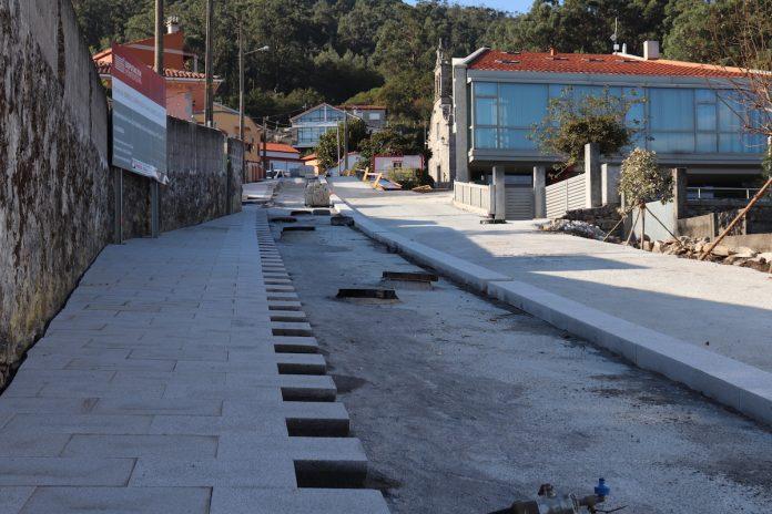 Las obras de urbanización de la Subida a San Amaro en Camposancos avanzan según las previsiones