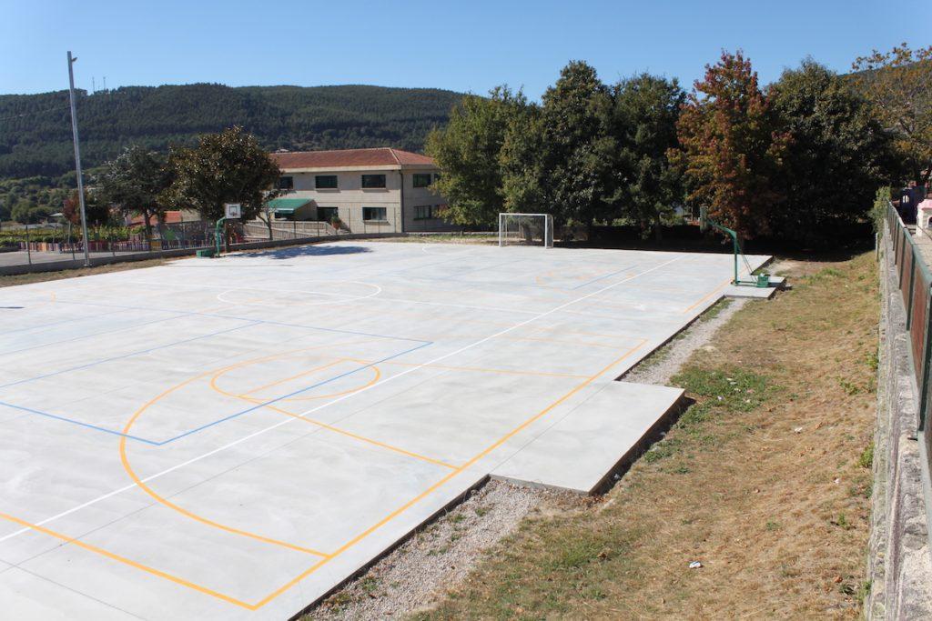 Tomiño realiza mejoras infraestructura en los colegios Pedro Caselles y Tebra