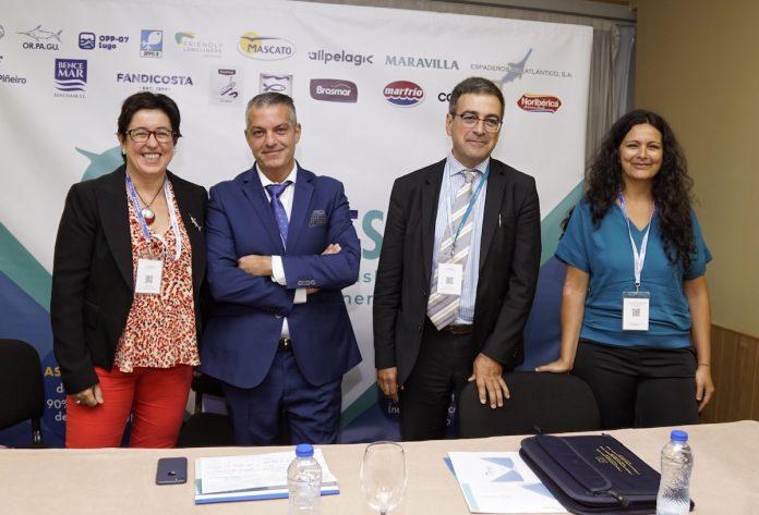 Galicia acoge el primer proyecto mundial de mejora pesquera que incluye al tiburón