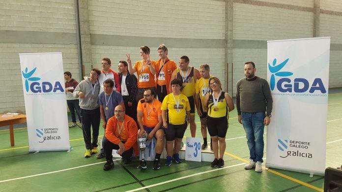 Atletas del San Xerome participan en el I Trofeo Concello de Tomiño de Remoergómetro